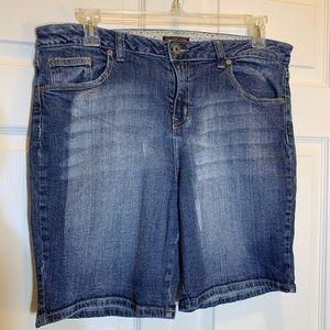 Zana Di Denim Cuff-able Shorts Size 18